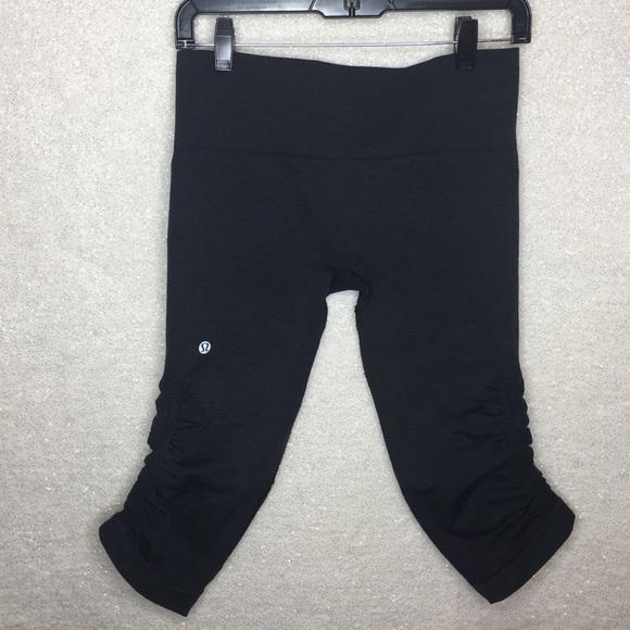 82d799592 lululemon athletica Pants - Lululemon In the Flow Cropped Ruched Leggings  SZ 8